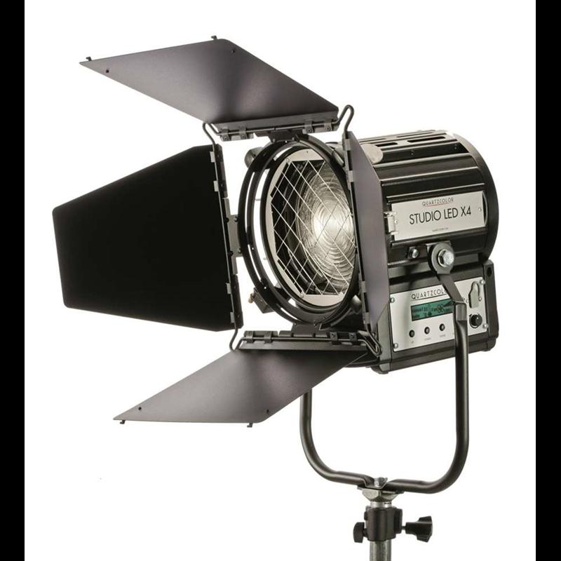 STUDIO LED X4 - 120W ED Fresnel Daylight