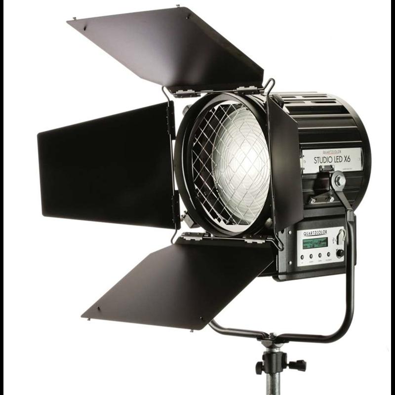 STUDIO LED X6 - 250W LED Fresnel Daylight