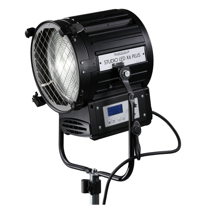 Studio LED X6 PLUS - 300W LED FRESNEL TUNGSTEN