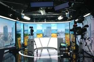 Rail system TV studio